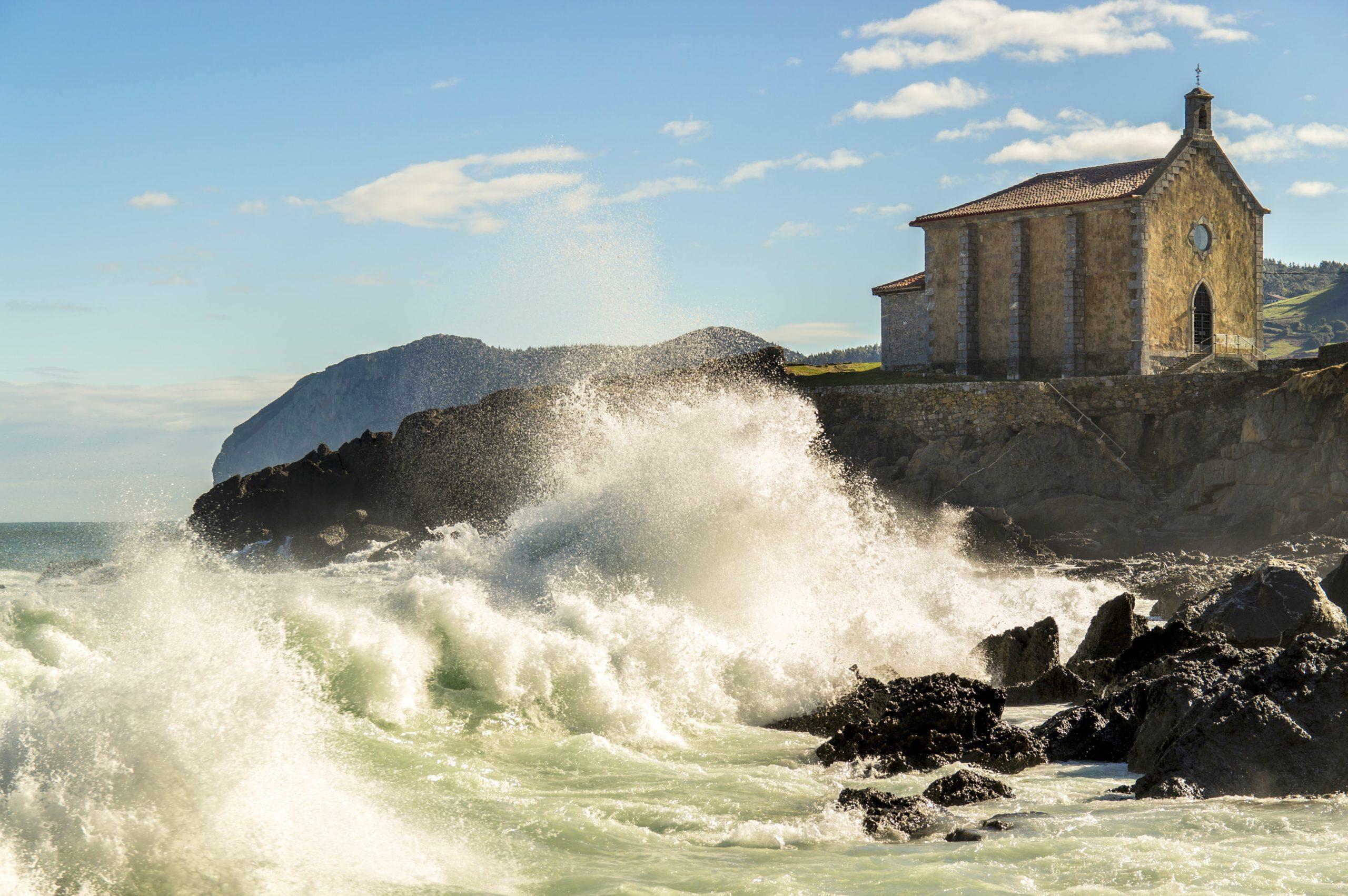 Mundaka Surf Town Spain