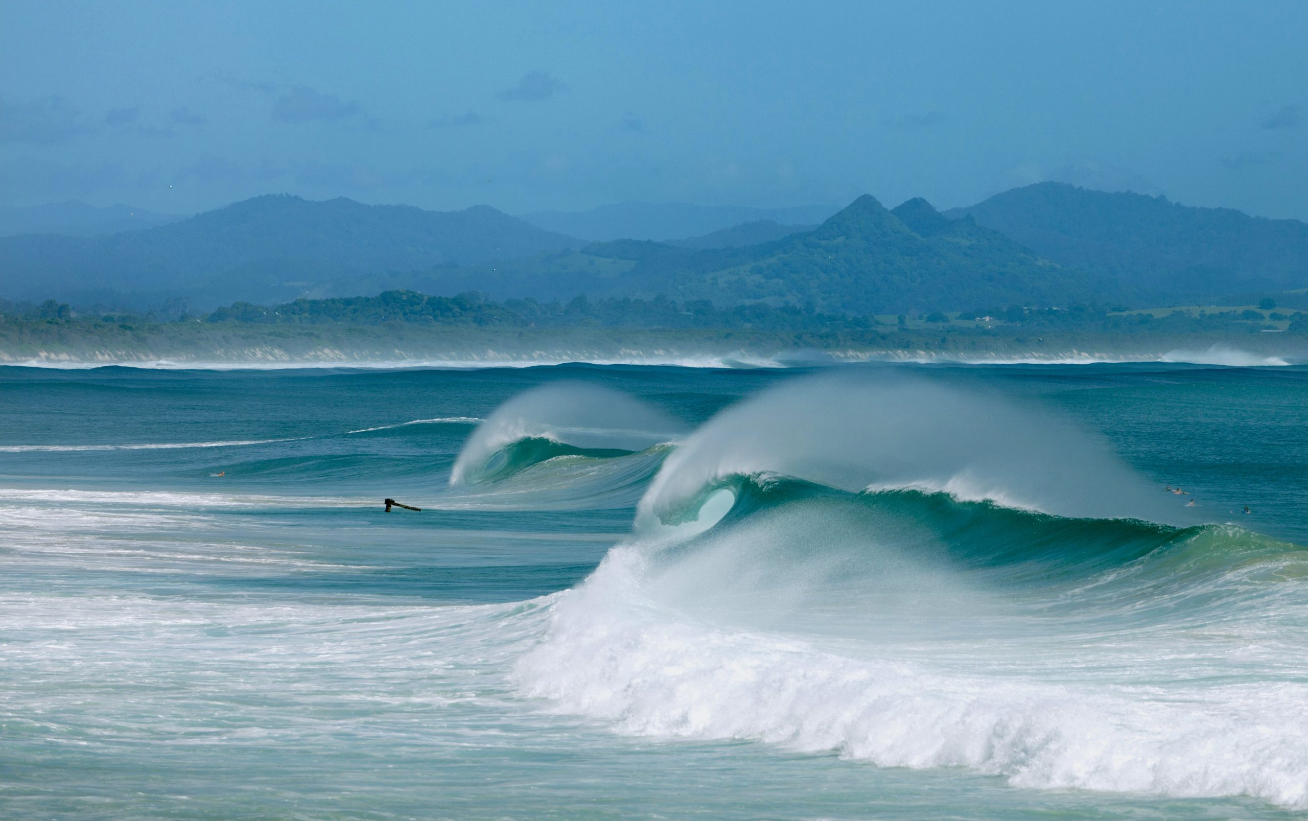 surfing spots in Byron Bay