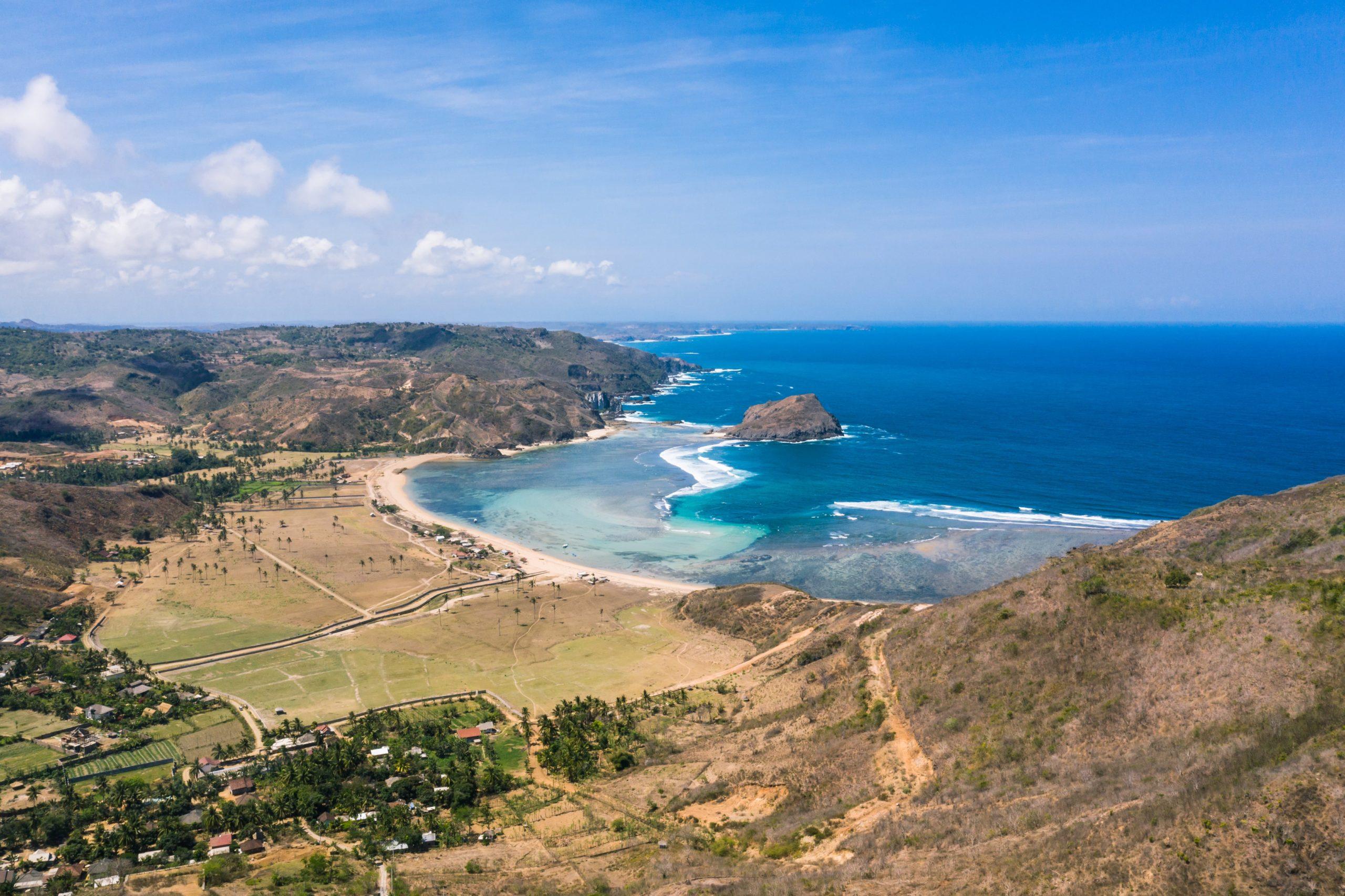 Intermediate surf spots in Lombok