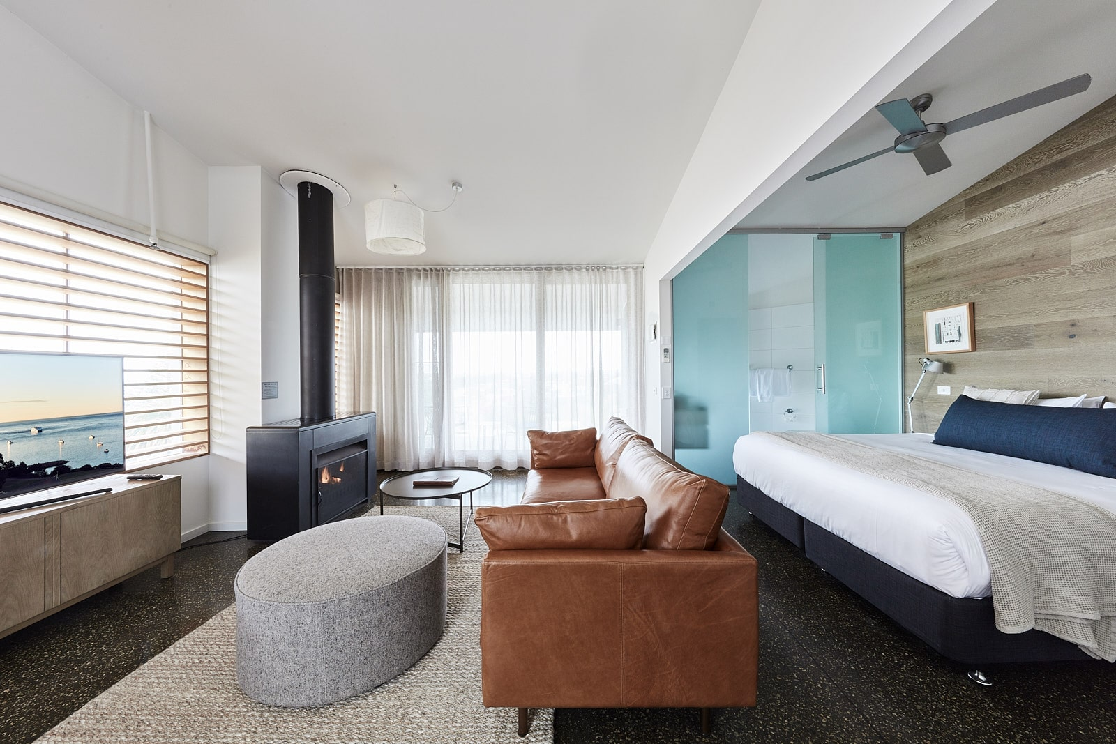 surf hotels in Melbourne