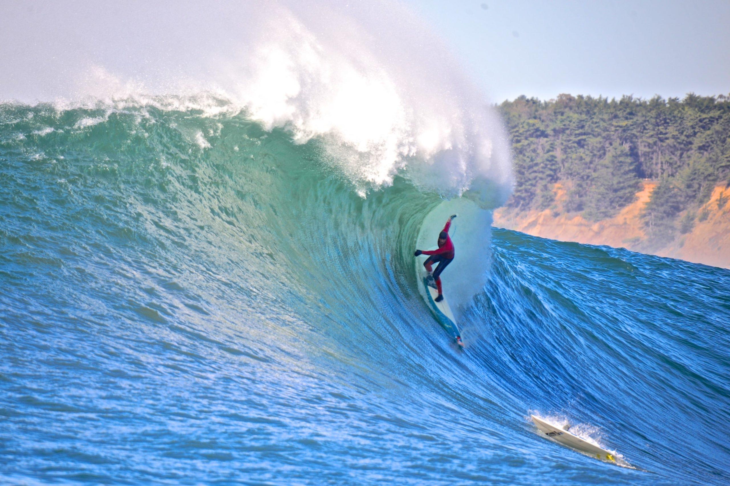 Surfing Santa Cruz - Mavericks