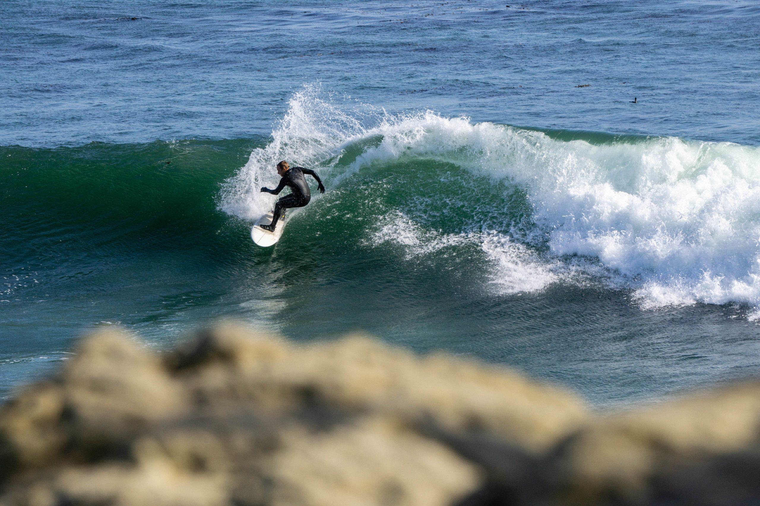 Surfing Santa Cruz - Steamer Lane