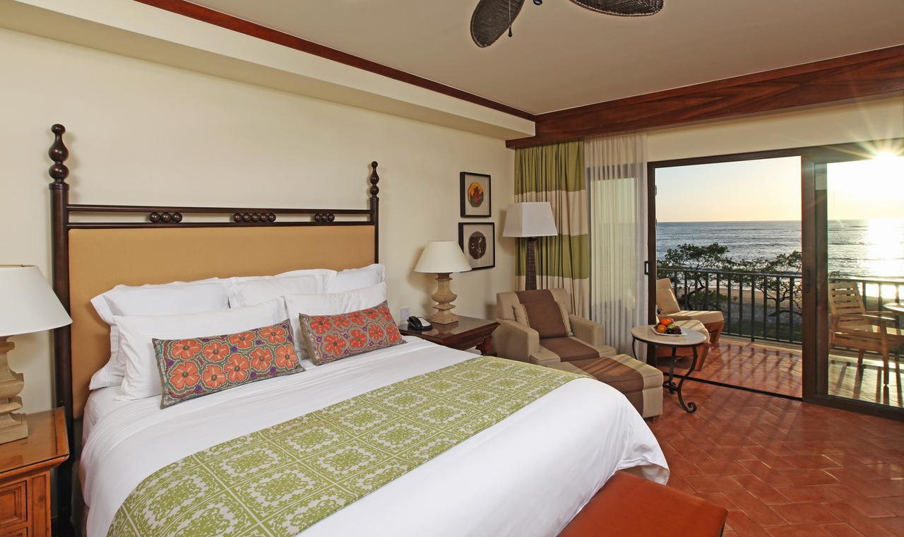 Surf Hotels in Tamarindo