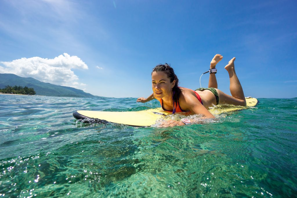 maui surf spots for beginners